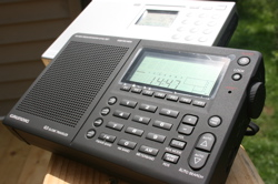 The Grundig G3 with Sony ICF-SW7600GR in background.