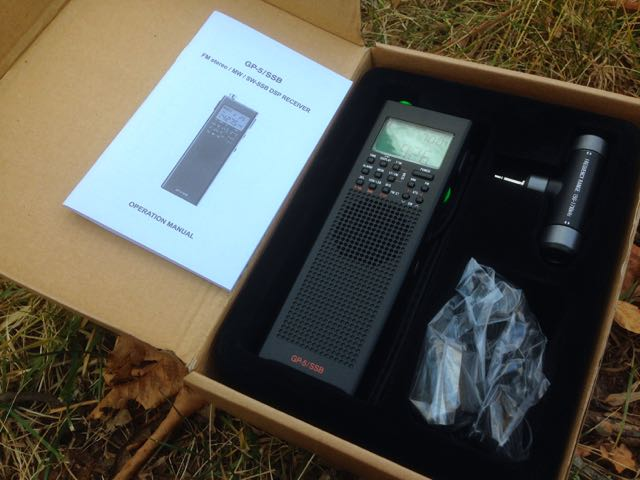 The GP5/SSB comes with a medium wave bar antenna, carry pouch, stereo ear buds, wire antenna and manual.