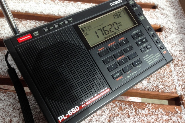 Tecsun-PL-680