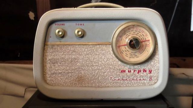 """The """"Murphy 8"""" Transistor radio. Broadcast band only. Wooden case in fab condition. Works very well."""