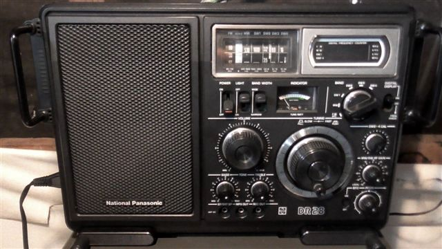 This National Panasonic DR 28 is not part of my early AM Transistor radio collection. It is, however, part of my Short Wave Radio collection.