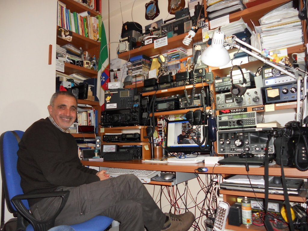 The listening post and ham radio shack of Giuseppe Morlè (IZ0GZW) from Ponza Island, Italy.