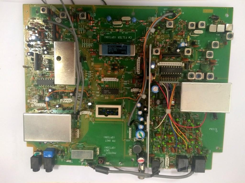 IC-R72-Board-1