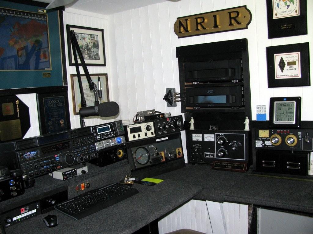 radio room 001