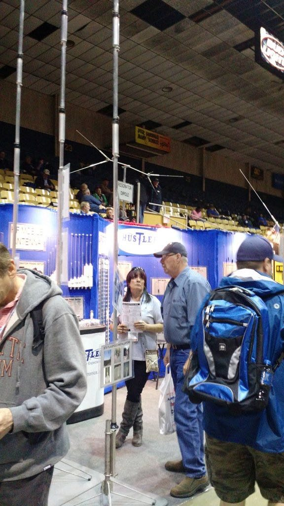 Hamvention-Inside-Exhibits - 54