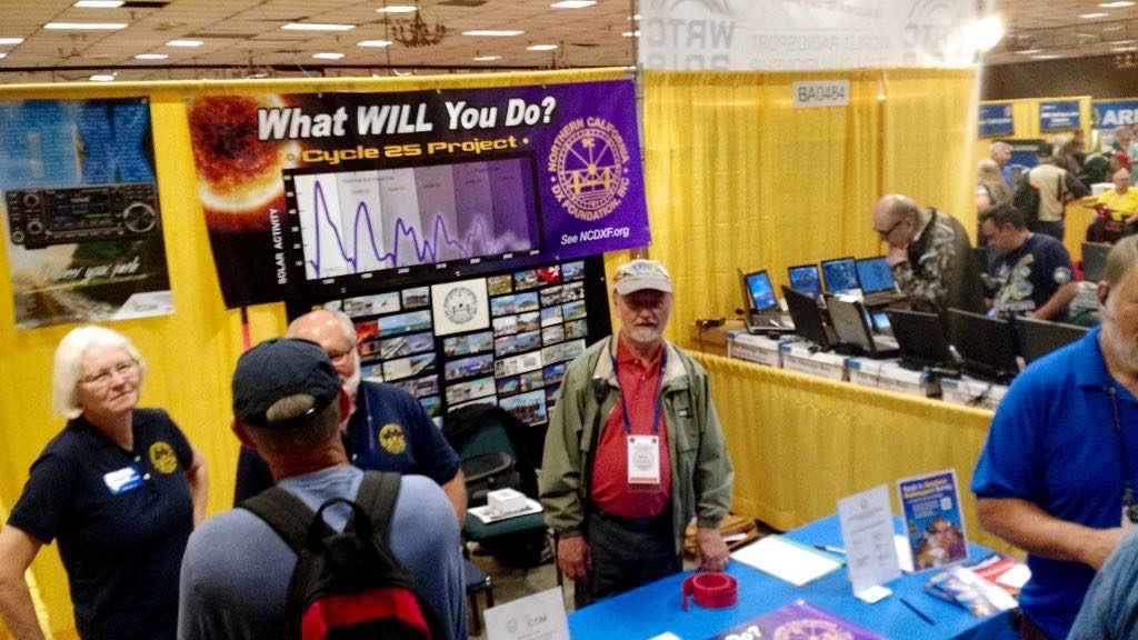 Hamvention-Inside-Exhibits - 7