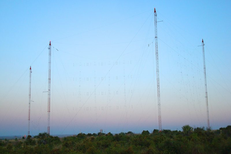 A.4towers3antennas