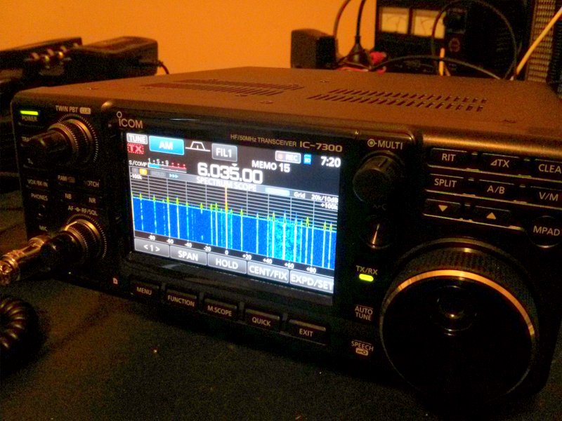 Paul's Icom IC-7300 tuned to the BBC Midwinter broadcast.
