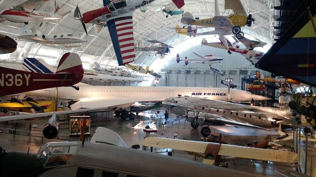 The Udvar-Hazy Center houses a number of large aircraft including the Concorde, the SR-71 and even the space shuttle Discovery.