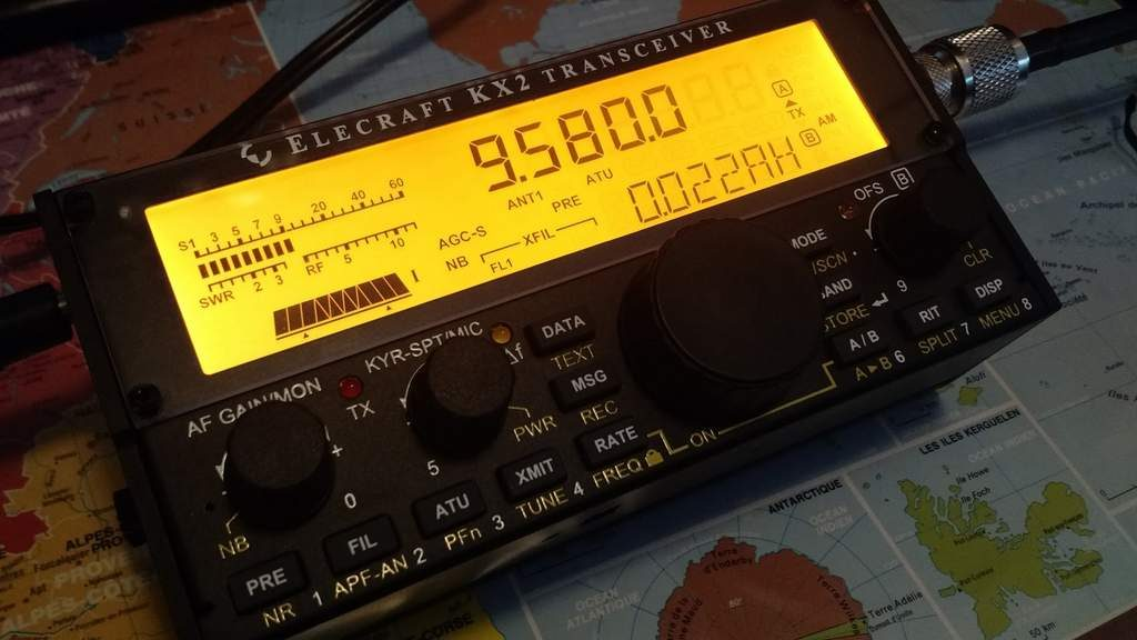 A review of the Elecraft KX2 general coverage QRP transceiver