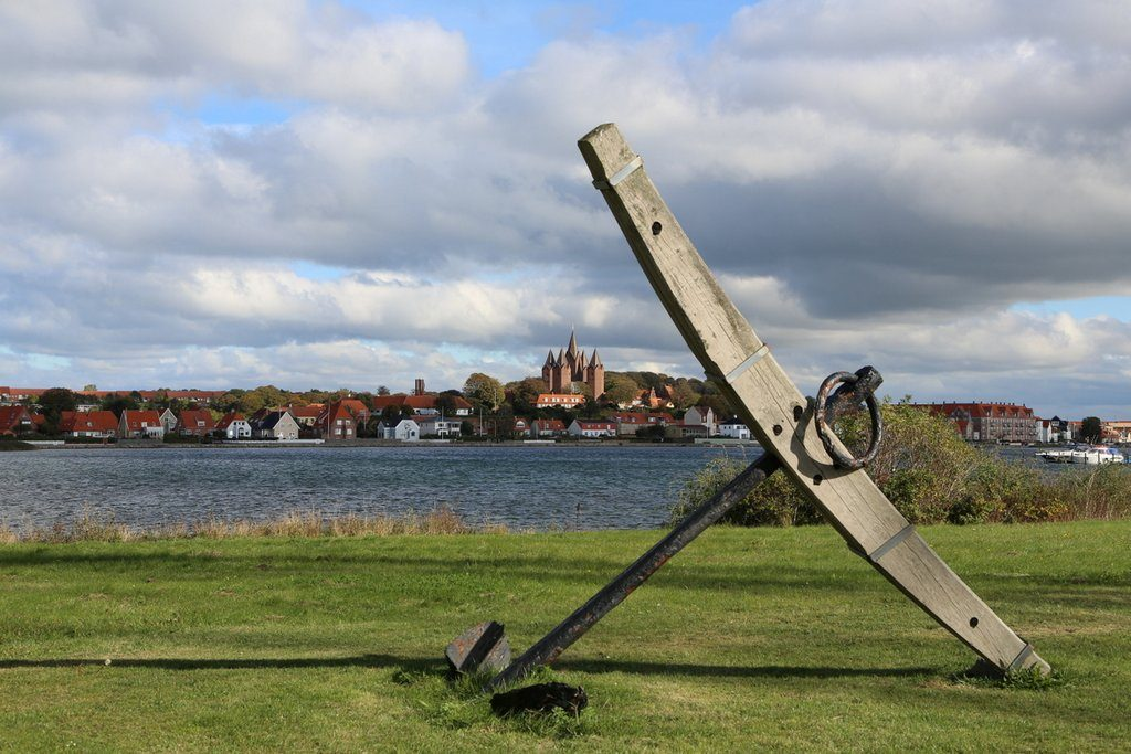 The town of Kalundborg, famous for its church with 5 spires - and its longwave transmitter still used by the fishing fleet.