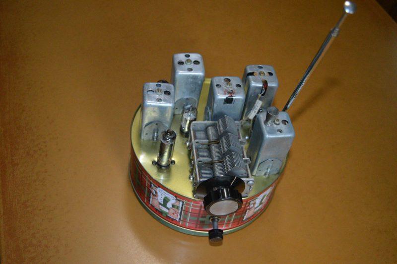 Fruit Cake Tin Radio