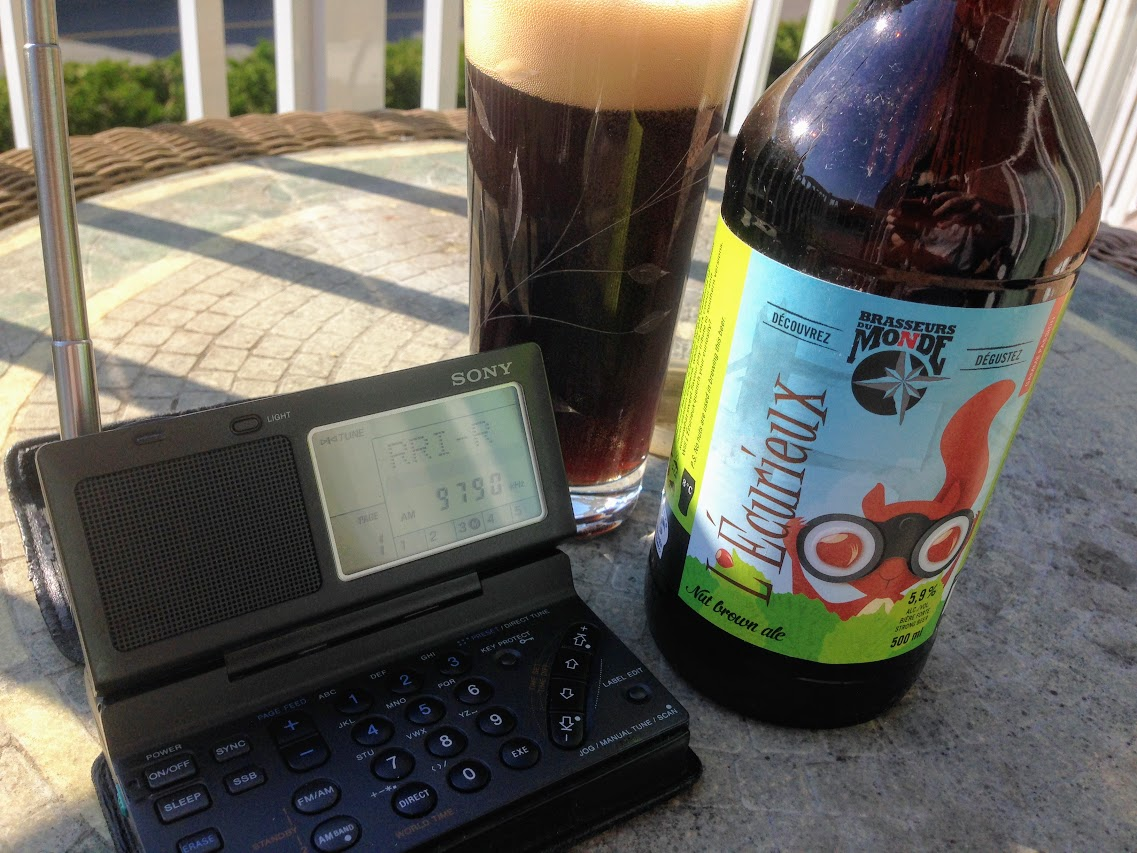 Sony-ICF-SW100 and Beer